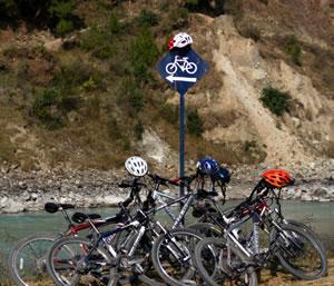 bhutan_bike_big